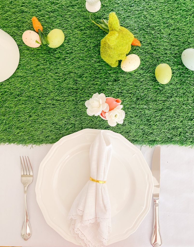 The feel of the Easter Table Decor