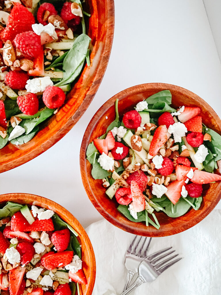 Spinach Apple Berry Salad